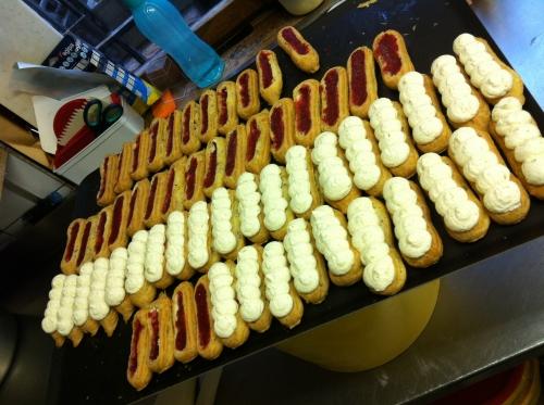 éclair, pâtisserie, fraise, fraise des bois, vanille, madagascar, chocolat lait, palet, gélifié, mascarpone, papou, 67, hoenheim, saint valentin, création