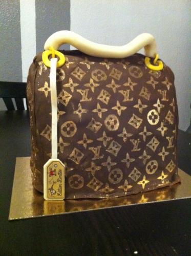 wedding cake, pâtissier, strasbourg, sac à main, Louis Vuitton, vuitton, pâte à sucre, papou, franck valentin