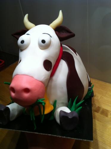 vache, herbivore, lait, crème, beurre, wedding cake, cake 3D, papou, pâtissier, zellwiller, vache, milka, vache qui rit, animal, dessert