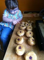 pâte à choux, myrtille, caramel, beurre salé, madame, papou, religieuse, princesse, 67, pâtissier, fondant, violet,