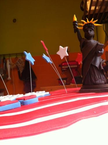 statut de la libertén chocolat plastique, modelage, papou, pâtissier, alsace, USA, drapeau, wedding cake