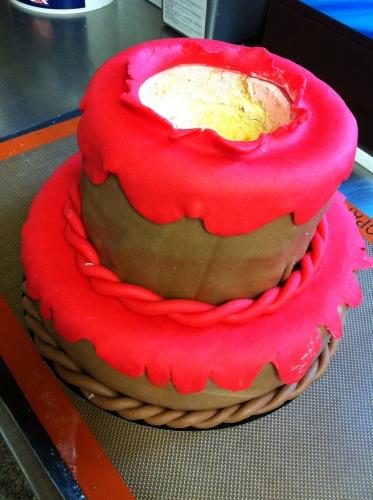 lucky, luke, pâte à sucre, wedding cake, pâte amande, personnage, dessert, anniversaire, rouge, framboise, papou, hoenheim, pâtissier, création, baptème, gouter, sec,cerise,