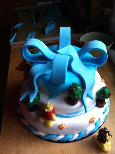 flot, ruban,bleu, wedding, cake, génoise, papou, crème, baptème, anniversaire, fête, pâte à sucre, pâte d'amande, décor