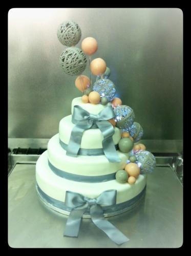 wedding cake, mathay,alsace, zellwiller, papou, pâtissier,mariage, doubs, mandeur, audincourt, livraison mariage, boule chocolat, lampion,