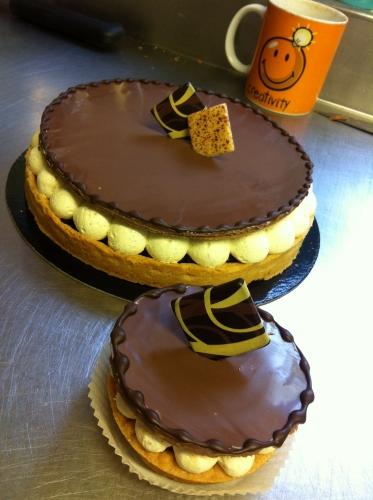 tarte, tartelette, pâte sucrée, crème amande, fruits rouges, feuilletine, pralin, vanille, crème, papou, création, miam