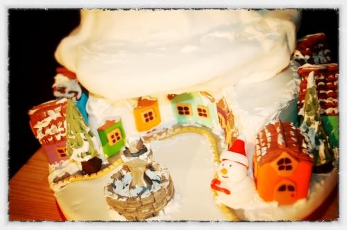 Wedding cake, concours, noël, père noël, boulangerie, pain, pâtisserie, Papou, maison, hoenheim, rêne, traineau, village, neige, montagne, nuage, sapin, pâte à sucre, quartier, bonhomme de neige, fontaine, maisonnette, Cake Design France