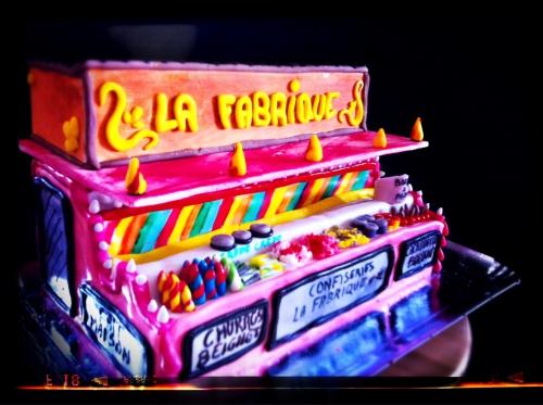 foire saint jean, strasbourg, pâtisserie, confiserie, forain, fête foraine, bonbon, churros, berlingot, chique, stand, wedding cake, frutis rouges, lumières, papou, milles folies de papou, livraison, barbe à papa, crèpe, nutella, kilbe, kermesse, alsace, france