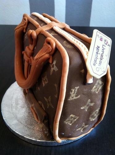 sac de luxe, LV, Louis Vuitton, wedding cake, papou, pâtissier, 67,68