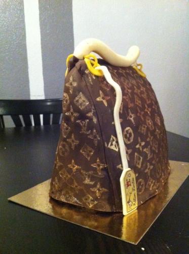 wedding cake, pâtissier, strasbourg, sac à main, Louis Vuitton, vuitton, pâte à sucre, papou, franck valenti