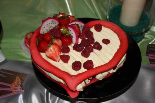 boulangerie, pain, hoenheim,buffet, dessert, mariage, papou, pâtisserie, pâtissier, alsace, macaron, coeur, vanille, fraise